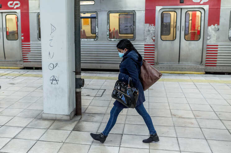 Greve foi convocada pelo Sindicato Nacional dos Trabalhadores do Setor Ferroviário