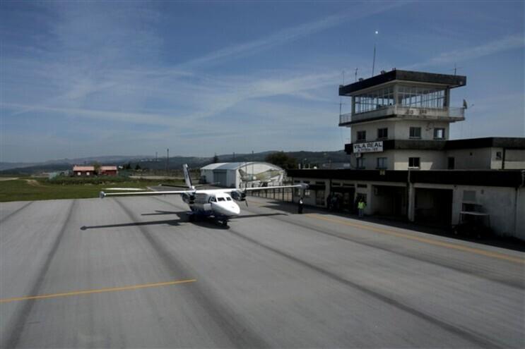 Ligação aérea entre Bragança e Portimão tem contrato para mais quatro anos