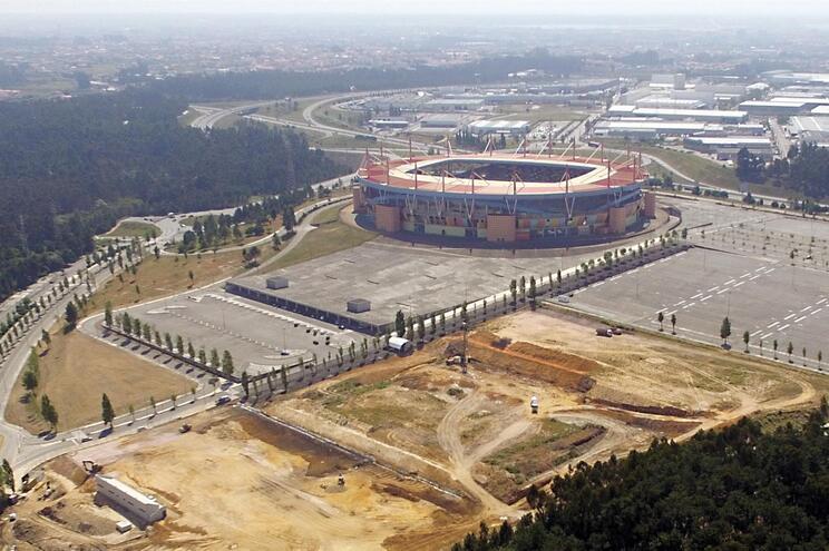 Complexo já em obra junto ao Estádio Municipal