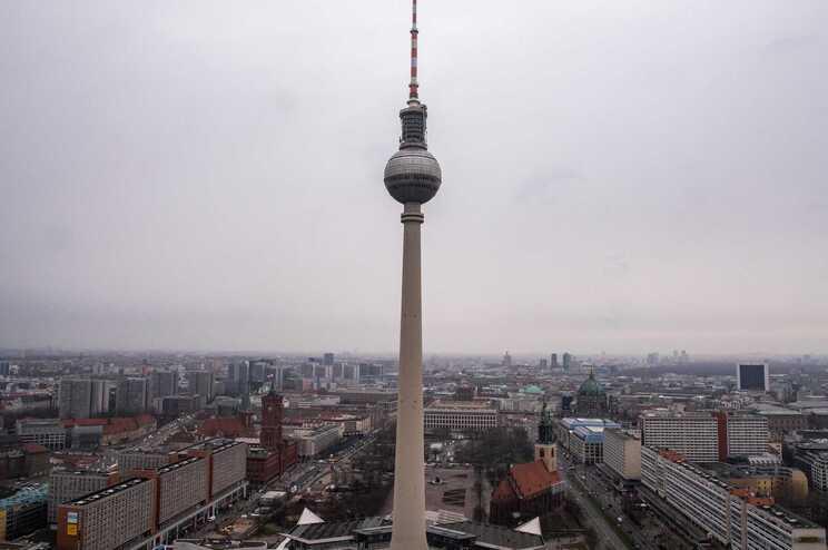 Tribunal anula lei que impunha um teto às rendas em Berlim