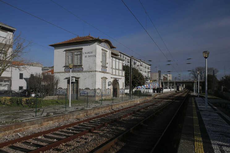 Proposta inclui uma ligação ferroviária de alta velocidade ao Aeroporto Francisco Sá Carneiro