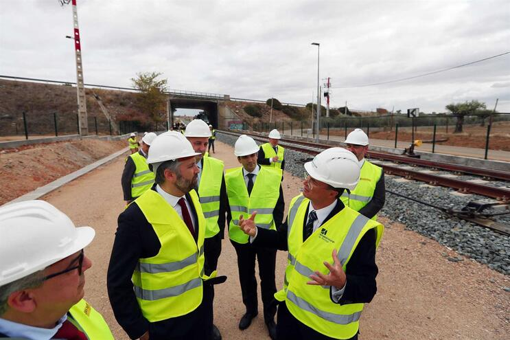 Ministro da Infraestruturas, Pedro Nuno Santos, assinalou construção do troço Alandroal-Elvas este mês