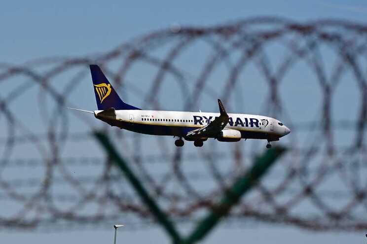 A Ryanair perdeu 272,6 milhões de euros entre abril e junho