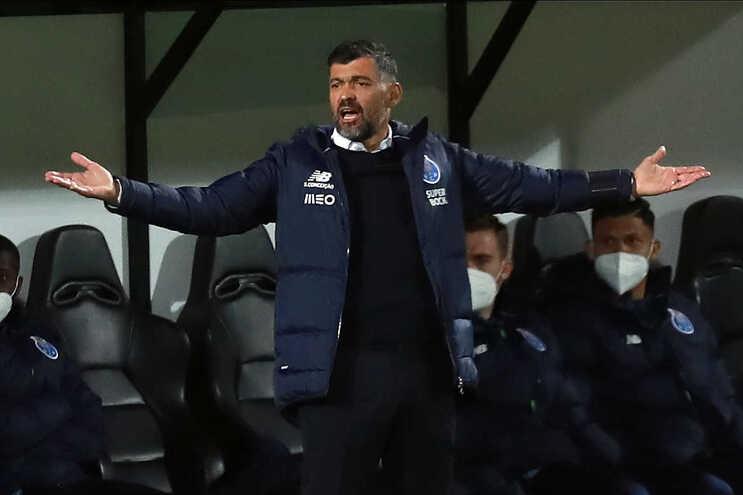 Sérgio Conceição não gostou do que ouviu durante a paragem do campeonato