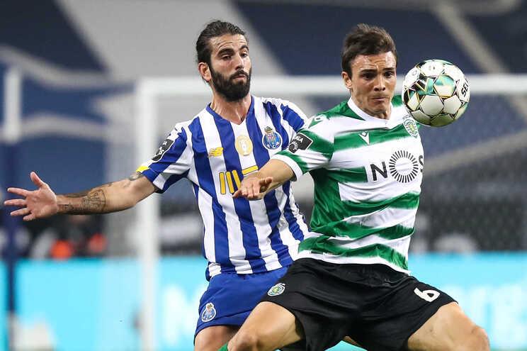 Sérgio Oliveira, médio do F. C. Porto