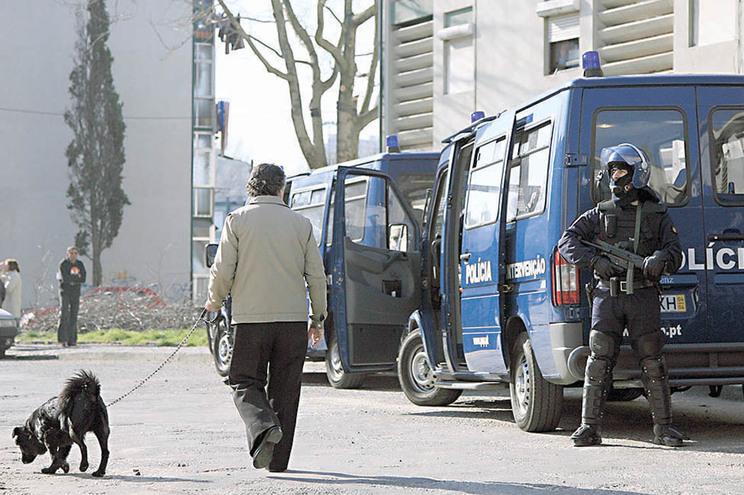 Rusga da PSP no Bairro de Francos, no Porto