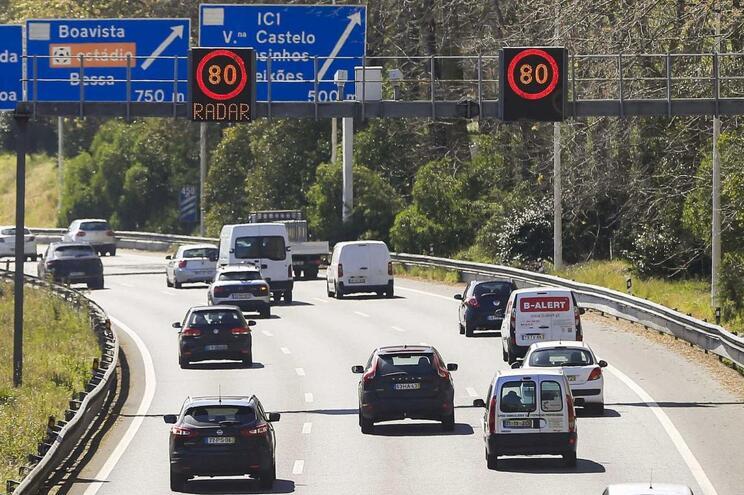 A aquisição dos 30 radares será feita por 5,6 milhões de euros, ao invés dos 8,5 milhões previstos