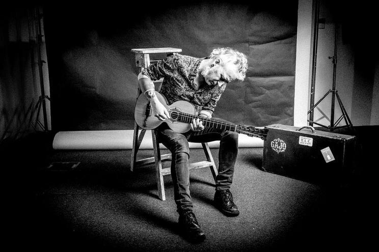 João Morais encontrou a sua identidade como músico quando fez nascer O Gajo às mãos de um instrumento