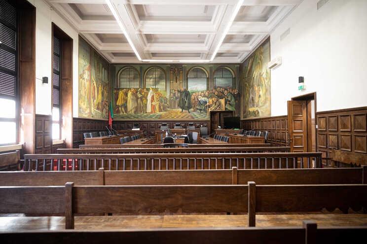 Adiamento de diligências tem estado ao critério dos juízes