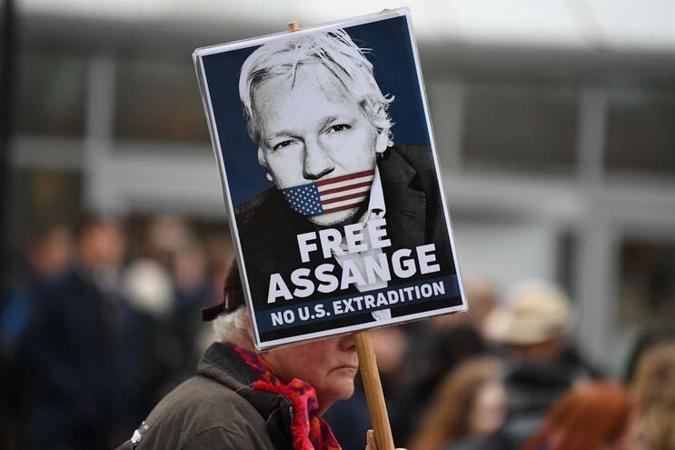 Manifestação pela libertação de Assange