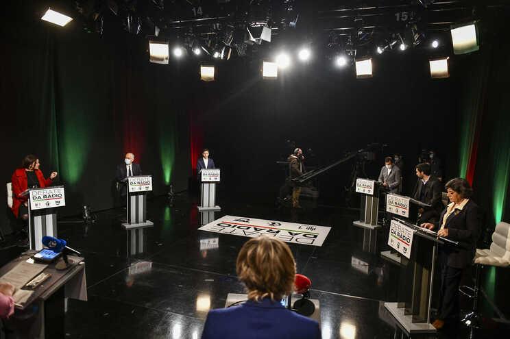 Os três candidatos de esquerda, Ana Gomes, João Ferreira e Marisa Matias, tiveram globalmente no domingo