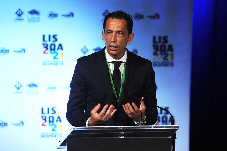 Pedro Proença, presidente da Liga, luta para que os adeptos voltem aos estádios