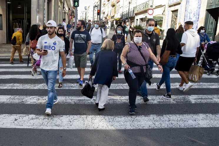 Crescimento da população abranda em 2020
