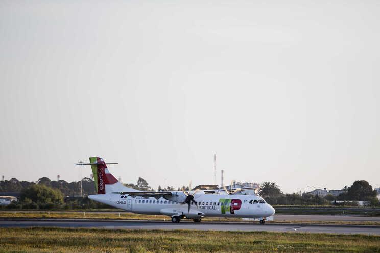 TAP adiciona quatro destinos europeus, Açores e Nova Iorque em agosto no Porto