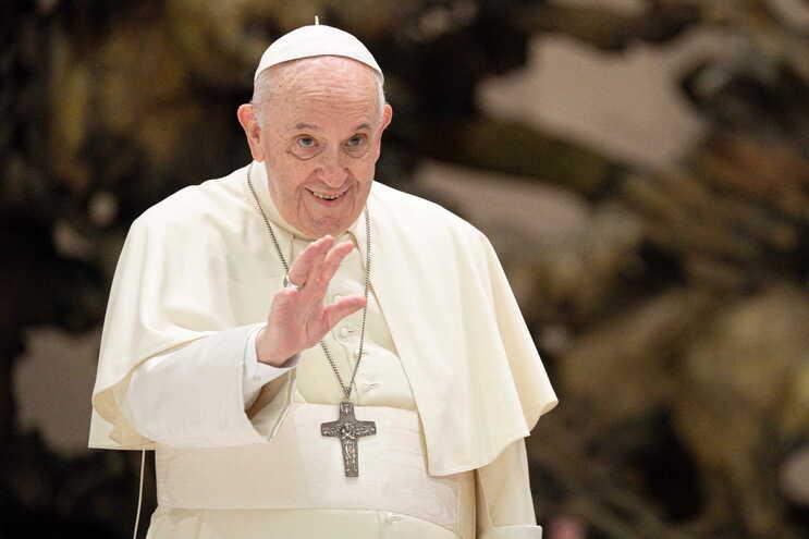 Papa Francisco substitui bispo australiano acusado de má conduta sexual