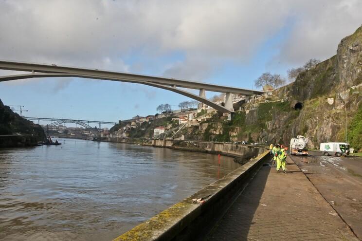 Nova ponte ficará a montante da ponte Luís I, entre as pontes do Freixo e de S. João