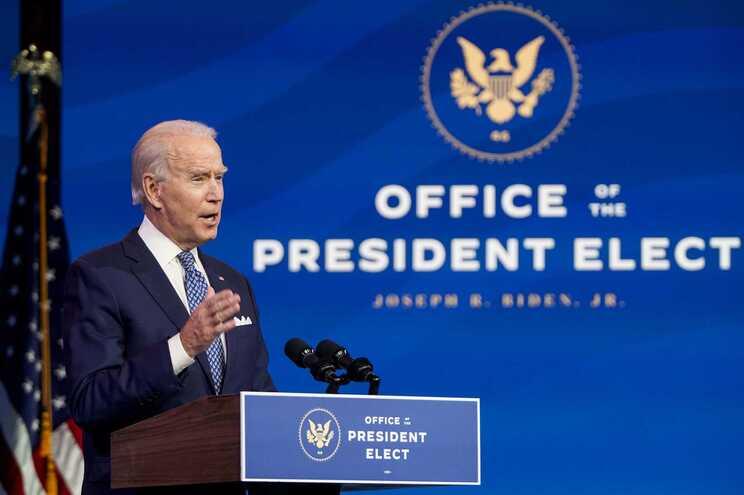 Joe Biden toma posse a 20 de janeiro