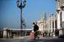 Países europeus endurecem medidas após aumento de casos diários de covid-19