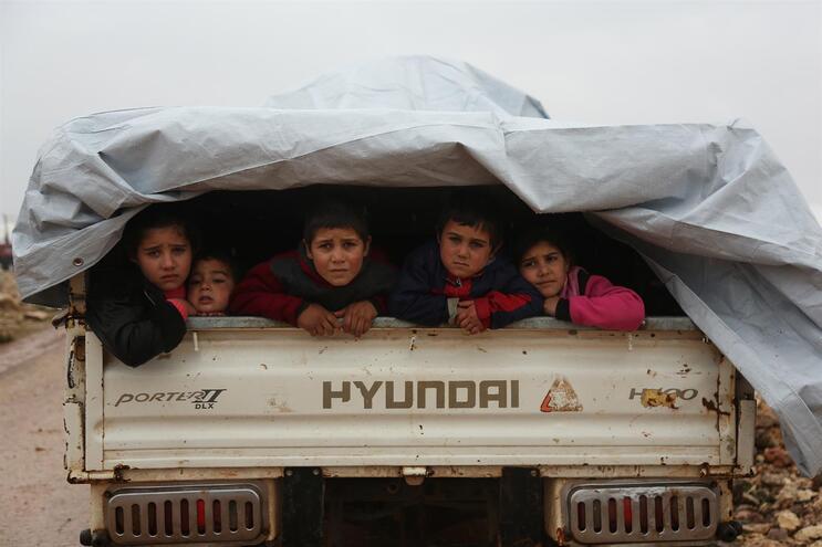 Morre uma criança por dia no nordeste da Síria