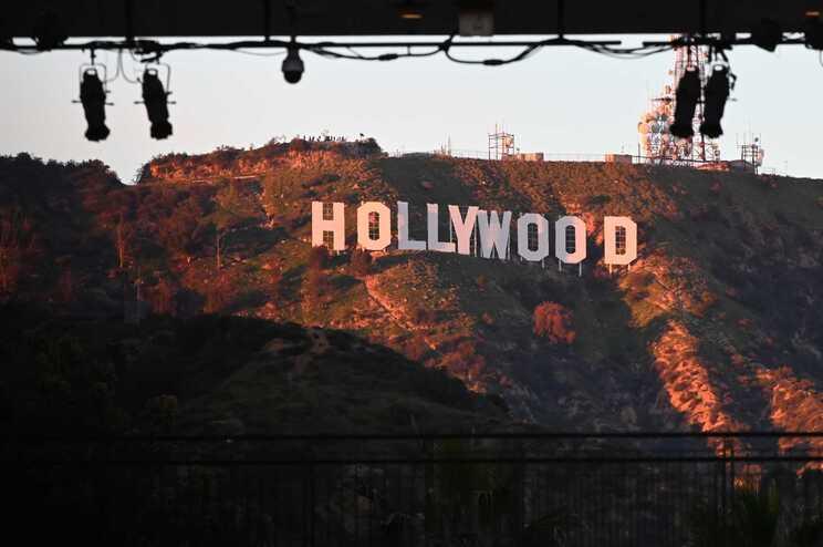 """""""Rainha Vigarista de Hollywood"""" detida no Reino Unido por enganar atores"""