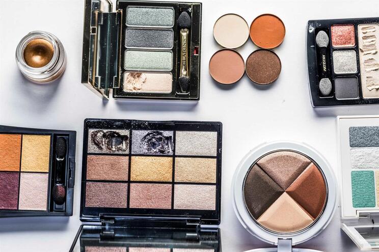 Juízes organizam curso de maquilhagem para o dia da Mulher
