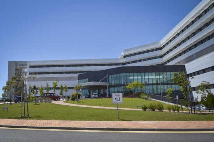 Hospital de Cascais não quis comentar denúncia sobre o regulamento
