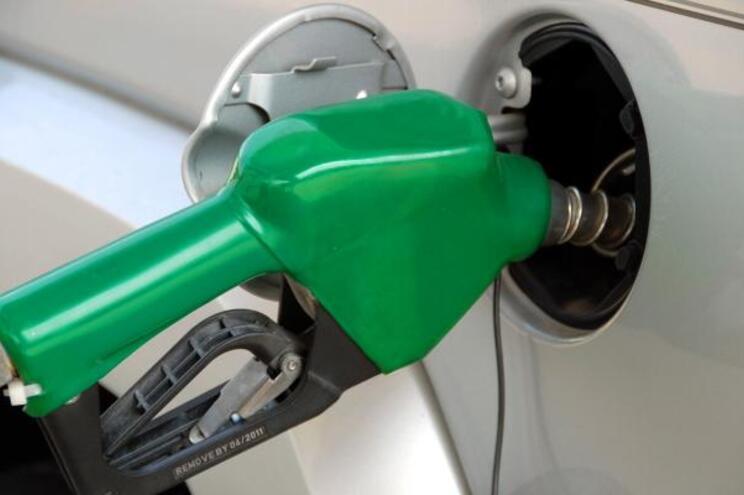 Aprovada limitação de margens nos preços dos combustíveis