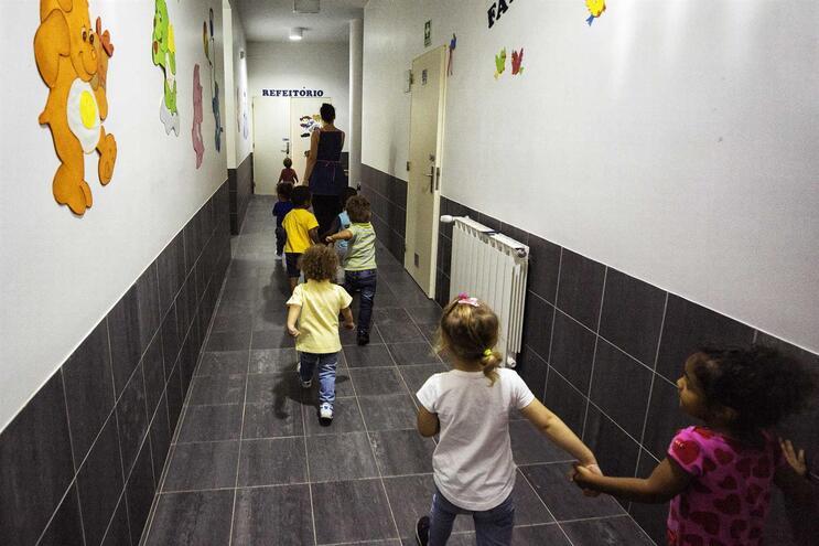 Maioria das crianças não regressa à creche a 18 de maio, diz associação do setor