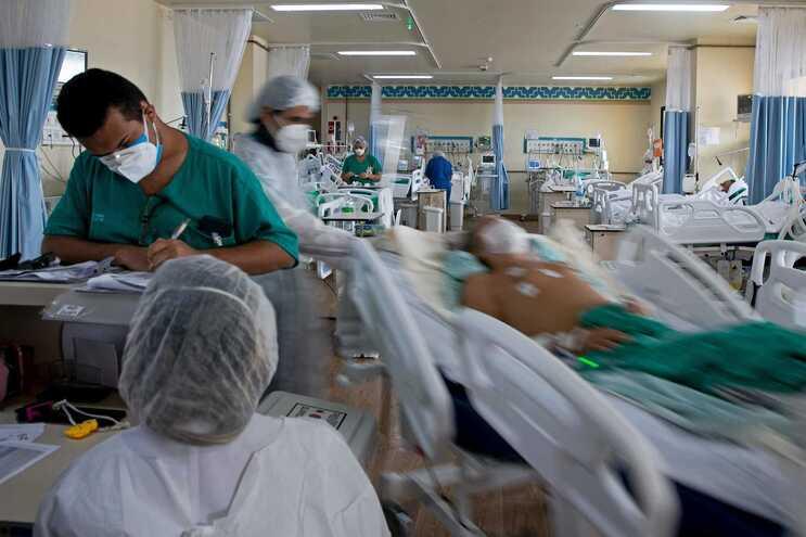 País atravessa momento mais crítico da pandemia