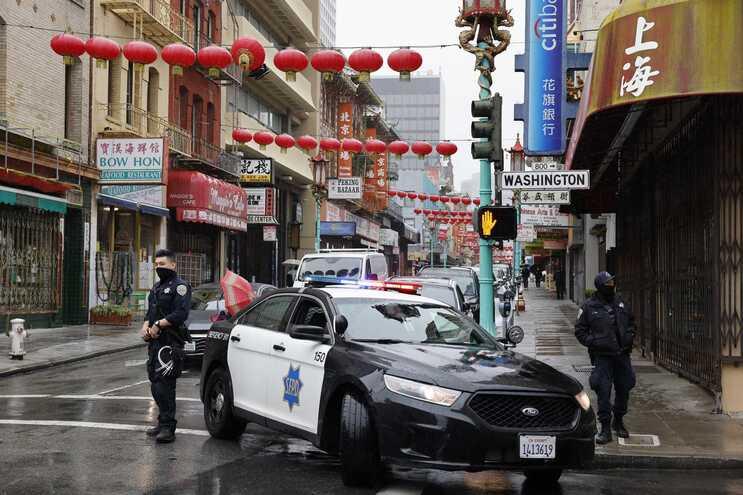 Presença policial reforçada após vários ataques contra pessoas de origem asiática