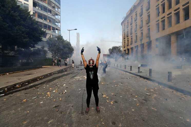 Manifestações de rua resultaram em confrontos com a polícia