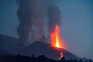 Vulcão nas Canárias mantém atividade intensa um mês após primeira erupção