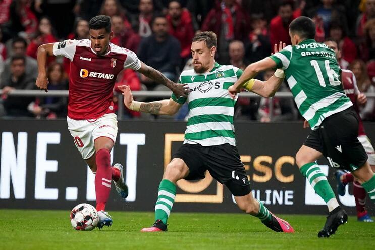 Sporting e Sporting de Braga defrontam-se este sábado