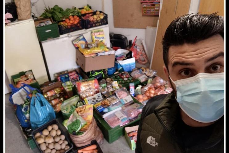 Ricardo gere comunidade que dá a mão a quem mais precisa