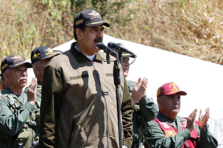 Nicolás Maduro contactou o Papa Francisco para mediar crise na Venezuela