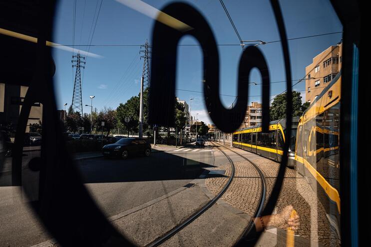 Metro do Porto dá luz verde ao fabrico de 18 novas composições