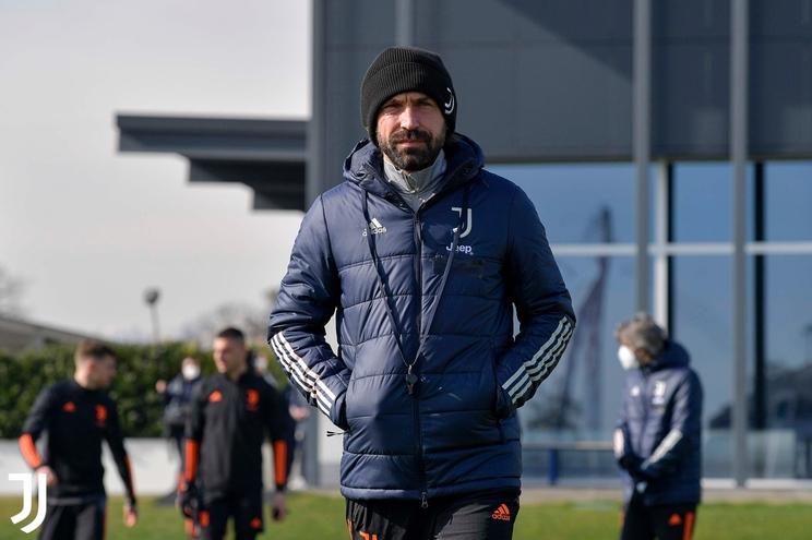 """Andrea Pirlo diz que o F. C. Porto é """"muito forte"""""""