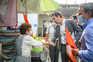 O candidato do PSD/CDS, Bruno Pereira, visitou o mercado de peixe em Matosinhos