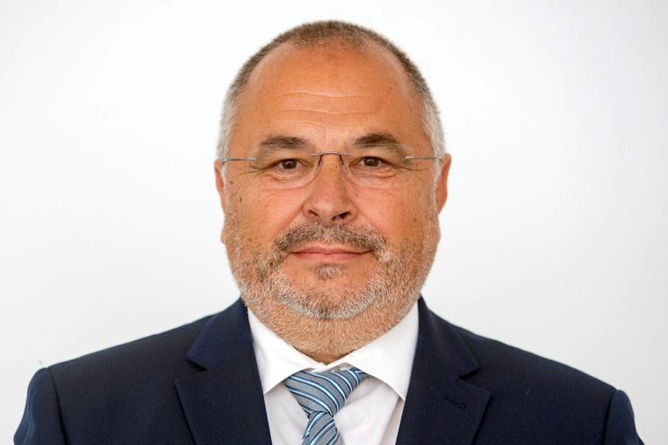 O socialista José Manuel Ávila foi o primeiro a ser eleito nos Açores