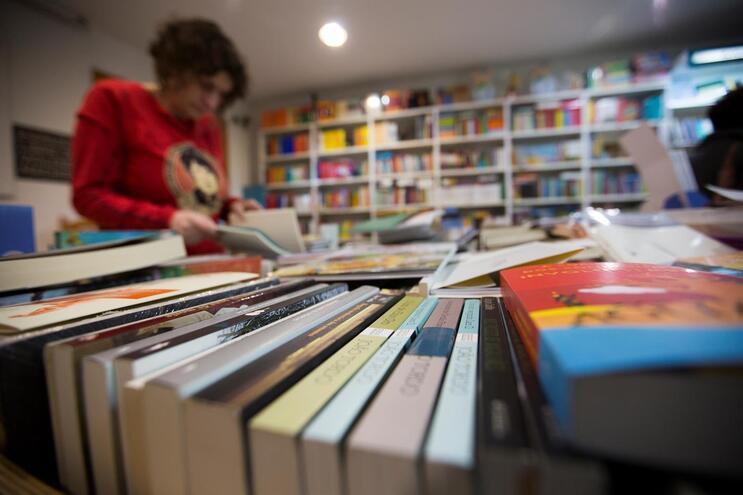 Perda de leitores da ficção é vista como um dos motivos da atual carência de novos valores