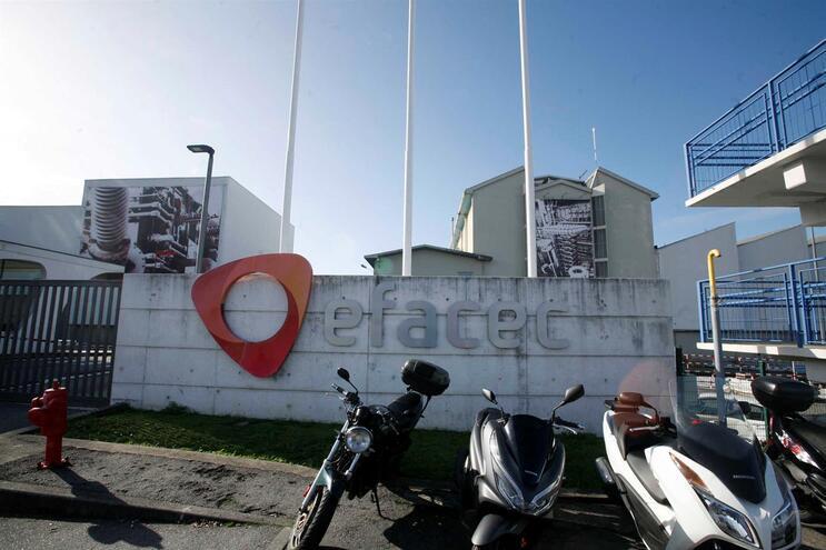 Empresa demarca-se de Isabel dos Santos e diz que salários não estão em risco