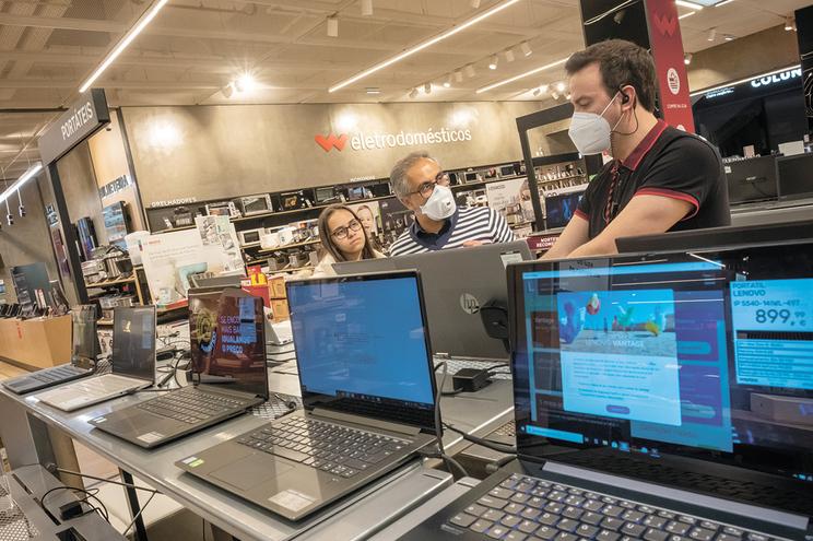 Portáteis são modelos mais procurados, mas desktops também tiveram aumento