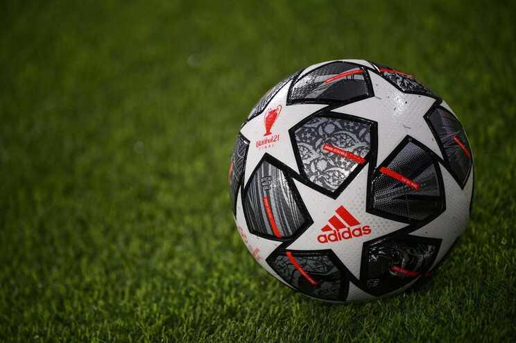 Anúncio pretende ofuscar o plano da UEFA de oficializar novo formato da Liga dos Campeões