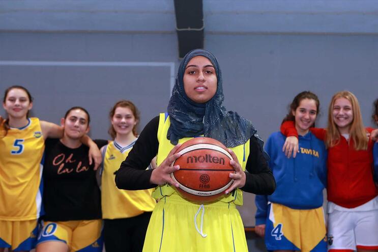Fatima Habib tem contado com o apoio das companheiras de equipa