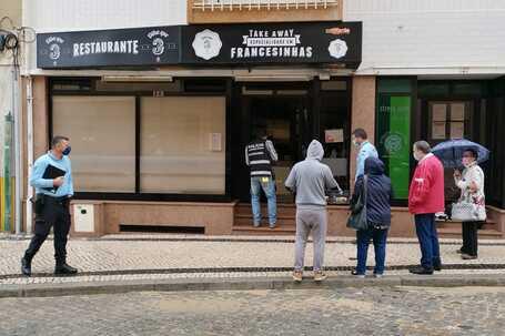 Casa do Benfica e seis estabelecimentos assaltados em Espinho