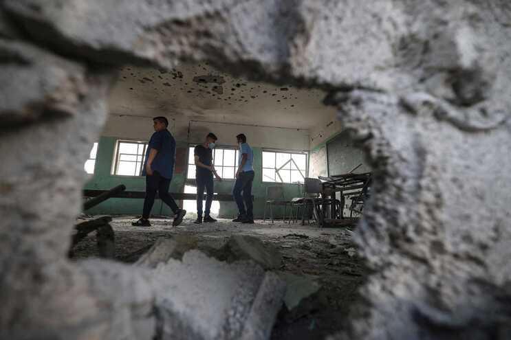 """Israel atinge alvos do Hamas em Gaza após disparo de """"rockets"""""""