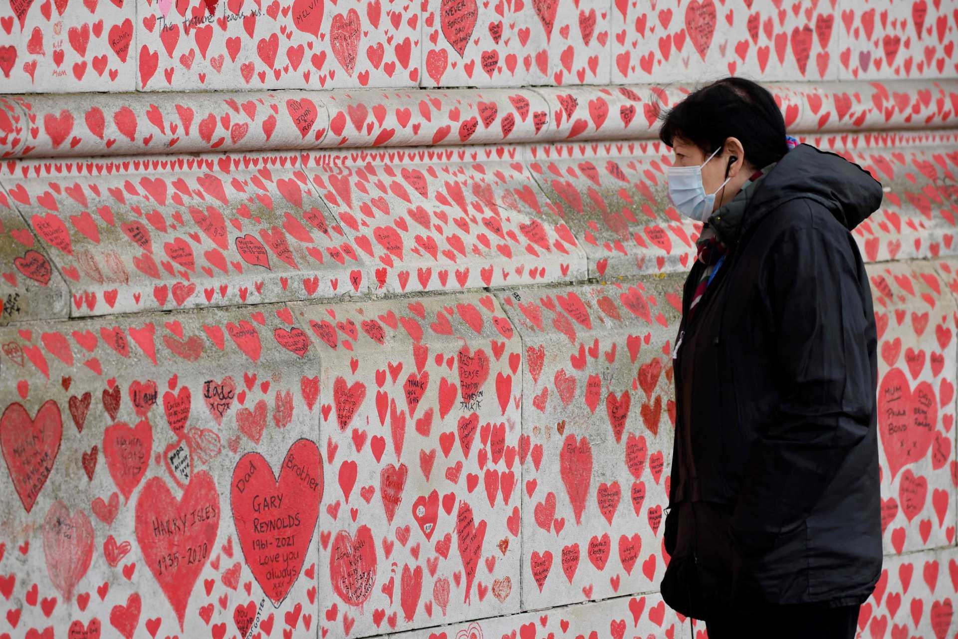Memorial das vítimas da covid-19 em Londres