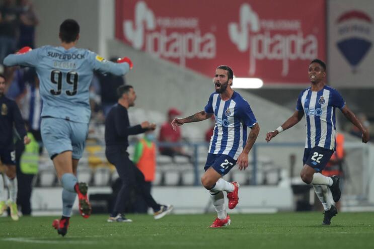 Sérgio Oliveira foi decisivo para o desfecho da partida