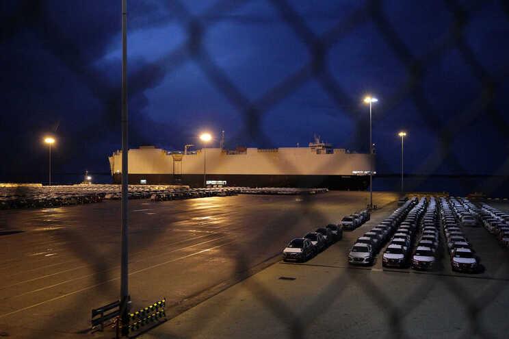 Porto de Setúbal foi ontem alvo de buscas da PJ