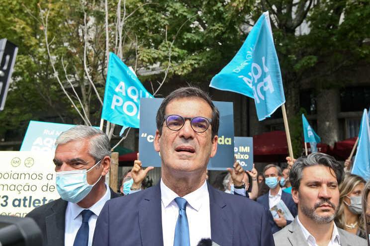 Rui Moreira foi atacado no debate da RTP com os candidatos à Câmara do Porto por ter mudado de opinião